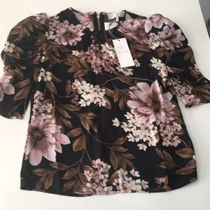 WAYF Flower Top with Shoulder Pads Size XS